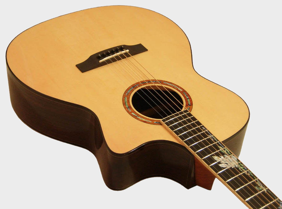 Handmade Acoustic Guitars - Lueez Guitar